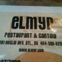 3/22/2012 tarihinde Jennah S.ziyaretçi tarafından Elmyr Restaurant & Cantina'de çekilen fotoğraf