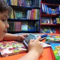 Foto tirada no(a) Livraria Leitura por Francilio D. em 7/7/2012