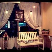 Photo taken at Cafe Bench by Rita L. on 2/27/2012