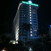 Photo taken at Jomtien Palm Beach Hotel&Resort by Markus M. on 4/8/2012