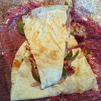 Foto tomada en Chipotle Mexican Grill por Alisha I. el 6/5/2012