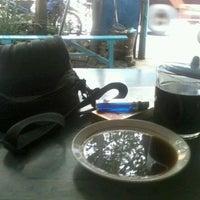 Photo taken at Mr. Awur Coffee Kacang Ijo by Em D. on 2/28/2012