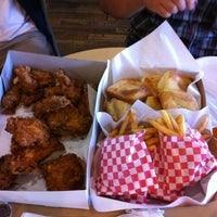 Photo taken at Honey's Kettle Fried Chicken by Brian N. on 8/31/2012