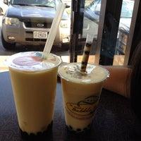 Photo taken at St Louis Bubble Tea by Haslindawati H. on 7/14/2012