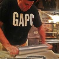 Das Foto wurde bei Greenville Avenue Pizza Company von Lydia D. am 6/4/2012 aufgenommen