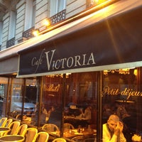 Photo taken at Le Victoria by Muneer A. on 4/7/2012