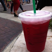Photo taken at Starbucks by Yuki M. on 3/14/2012