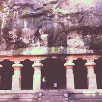 Photo taken at Elephanta Caves by Fritz-Joël M. on 8/16/2012