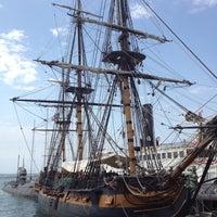 Снимок сделан в HMS Surprise пользователем Kym H. 8/16/2012