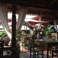 Photo taken at Mediterraneo Restaurant by Yagi D. on 8/2/2012