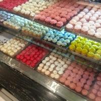 Photo taken at Sugar Sprinkles by Eng. Abdulaziz on 7/28/2012