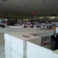 Foto tirada no(a) Lojas Kacyumara - Matriz por Isabela I. em 9/3/2012
