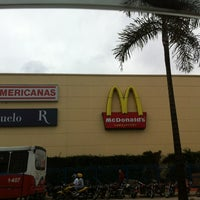 Photo taken at Mauá Plaza Shopping by Taty . on 4/28/2012