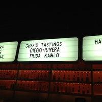 Das Foto wurde bei Distrito von Heather am 3/4/2012 aufgenommen