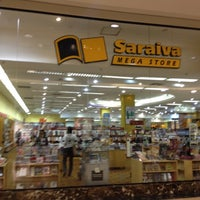 Снимок сделан в Saraiva MegaStore пользователем Ana Paula P. 5/29/2012