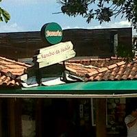 Foto tirada no(a) Rancho da Jackie por Adriana O. em 2/12/2012