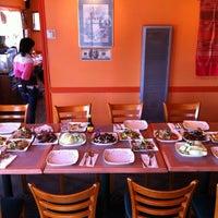 Photo taken at D'Anna Thai Kitchen by Wirat A. on 3/5/2012