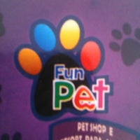 Photo taken at Fun Pet by Thales F. on 9/5/2012