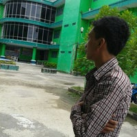 Photo taken at Universitas Ichsan Gorontalo by Kif_08 on 2/29/2012