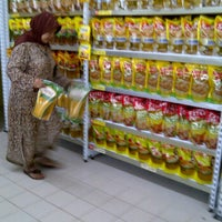 Photo taken at Carrefour by Ardini R. on 3/12/2012