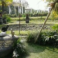 Photo taken at Bebek Tepi Sawah Restaurant & Villas by Diaz Panca P. on 6/9/2012