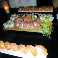 Foto tomada en Wasabi's por Fred C. el 2/20/2012