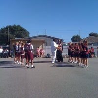 Photo taken at Windsor Gardens Netball Courts by Teddles on 4/28/2012