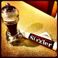 Photo taken at Sizzler by Nanattz J. on 5/8/2012