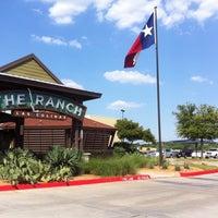 Foto tomada en The Ranch at Las Colinas por Steve F. el 5/16/2012