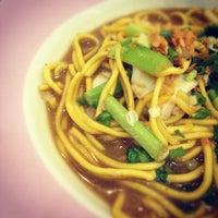 Photo taken at Thai Airways (TG) Restaurant by Mon555 on 2/26/2012