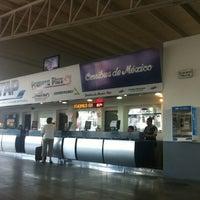 Foto tomada en Terminal de Autobuses Nuevo Milenio de Zapopan por ROTORELLO el 6/18/2012