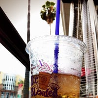 Photo taken at The Coffee Bean & Tea Leaf by Narciso A. on 7/13/2012