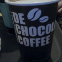 Photo taken at DE CHOCOLATE COFFEE by Bakey k. on 3/1/2012