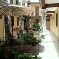 Foto tomada en Hotel Dainzu por Carlos T. el 8/4/2012