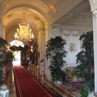 Foto scattata a Grand Hotel Des Iles Borromees Stresa da Dmitry T. il 6/11/2012