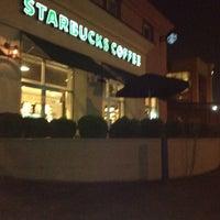 Foto scattata a Starbucks da Jason il 8/7/2012
