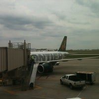 Photo taken at Gate 82 by Elmer on 5/11/2012