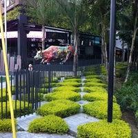 Foto tomada en Centro Comercial Rio Sur por DJ el 8/2/2012