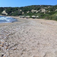 รูปภาพถ่ายที่ Mare Dei Beach โดย Bill K. เมื่อ 8/25/2012