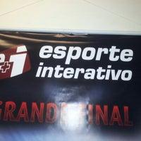 Photo taken at Esporte Interativo by Leo S. on 5/14/2012