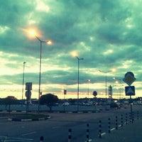 Снимок сделан в МЕГА Парнас пользователем Olenka F. 8/20/2012