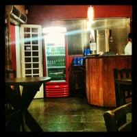 Foto tirada no(a) Sal Doce Sushi Bar por Américo V. em 4/14/2012