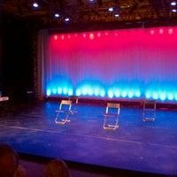 7/19/2012 tarihinde Nanther T.ziyaretçi tarafından GALA Hispanic Theater'de çekilen fotoğraf