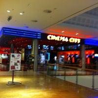 Foto tomada en Cinema City por Justyna el 8/26/2012