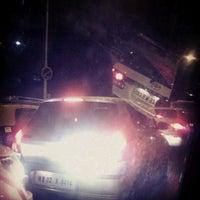 Photo taken at Wadala Bridge Jam by Kapitan N. on 7/4/2012