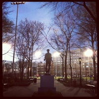 Photo prise au DeWitt Clinton Park par Michael K. le3/25/2012