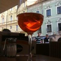 Das Foto wurde bei La Piazza Cafe Bar von Manfred E. am 8/23/2012 aufgenommen