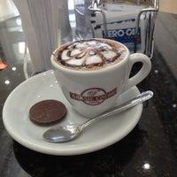 Photo taken at Chocolates Brasil Cacau by Aydan T. on 8/23/2012