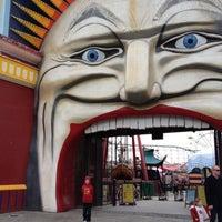 Das Foto wurde bei Luna Park Melbourne von Liz G. am 7/12/2012 aufgenommen