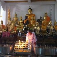 Photo taken at Wat Lahan by Phatarawat T. on 7/15/2012
